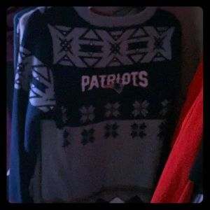 Official nfl sweater Patriots